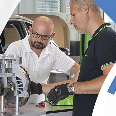 Through our worldwide Tech'Care program, Valeo Service offers professional training and assistance to both our customers and customers of our customers.