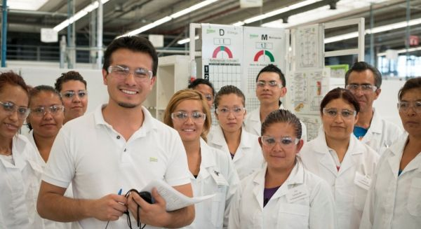 employees-1_600x327_acf_cropped