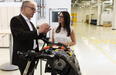two workers in Valeo Bad Neustadt plant Germany