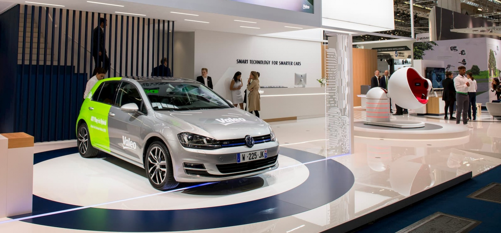 Valeo - Smart technology for smarter cars