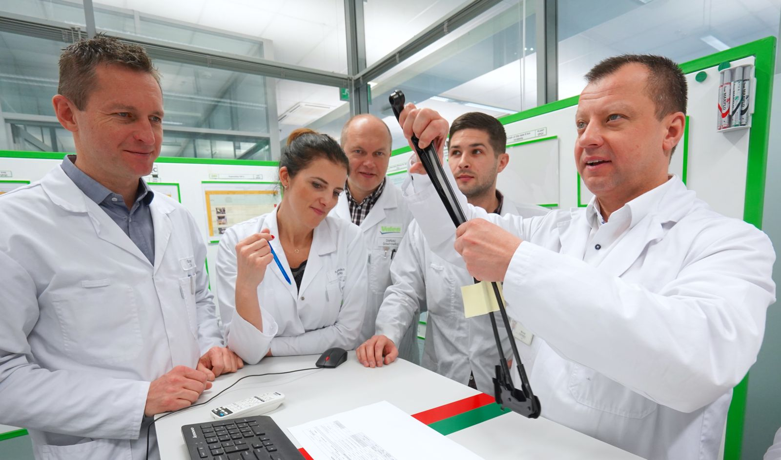 Valeo employees in a meeting in Poland Skawina plant